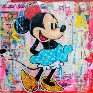 Kristin Kossi: Happy Minnie
